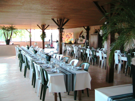 LOCATION SALLE MORBIHAN (56), La Ferme des Visons, location salle réception, mariage, retour de noce, anniversaire, salle 120 personnes assisses